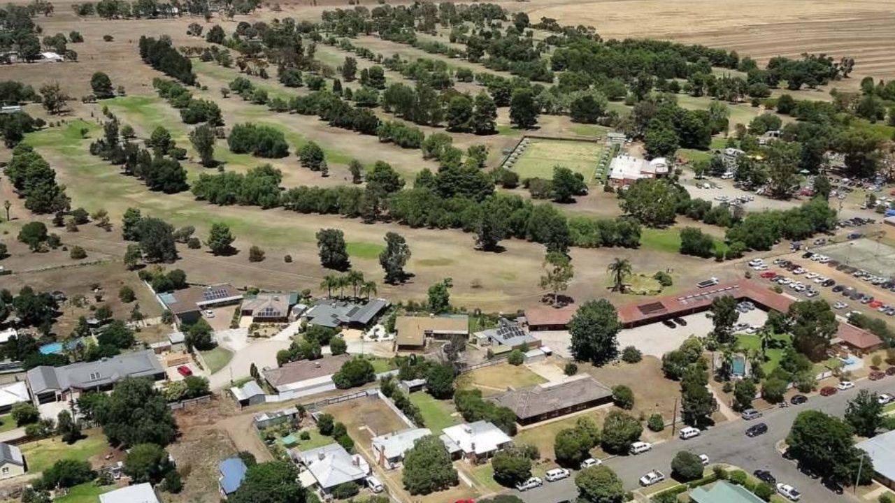 Aerial view of Berrigan Golf & Bowls Club