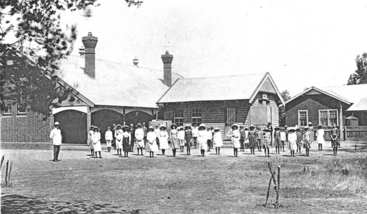 Berrigan School class of 1913 Image source  Berrigan & District Heritage Museum