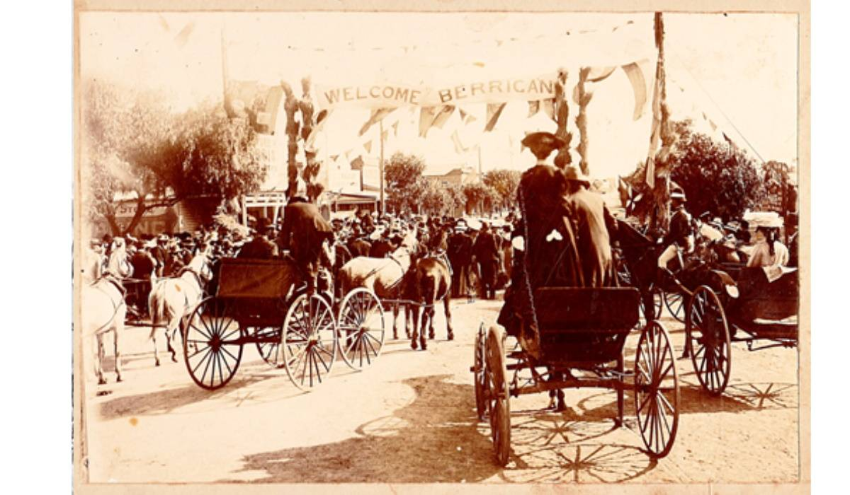 Welcome to Berrigan Governor of NSW Sir Henry Rawson KCB Knights Commander visits Berrigan 3 May 1906